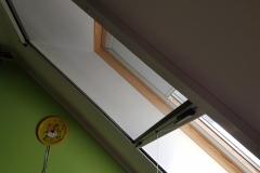 Moskitiera do okna dachowego